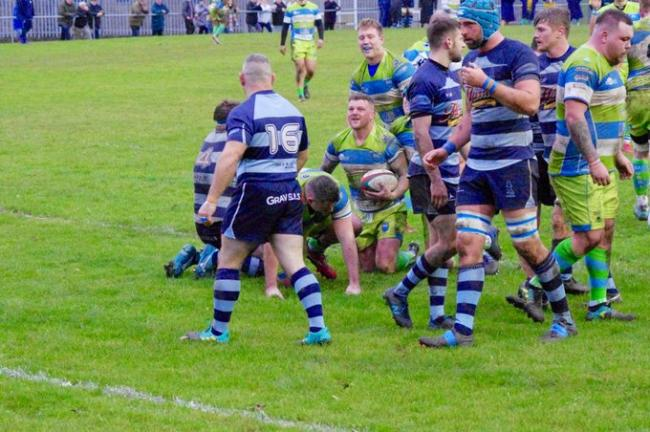 Bargoed went over for seven tries.