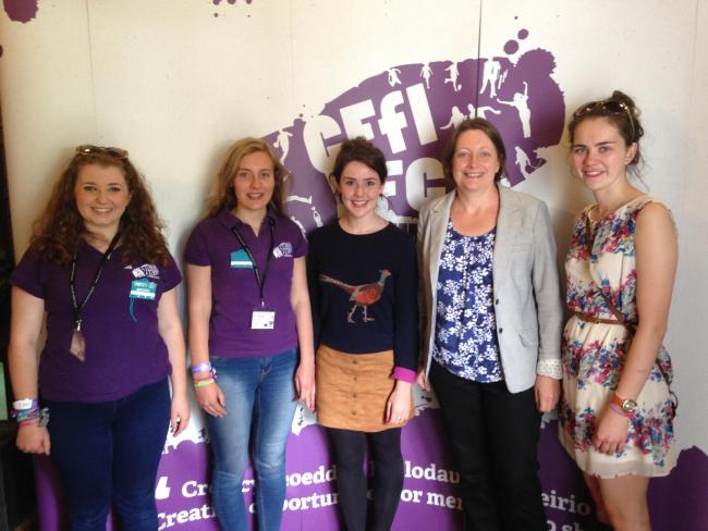 Wales YFC Youth Forum members meet with the Children's Commissioner for Wales, Sally Holland